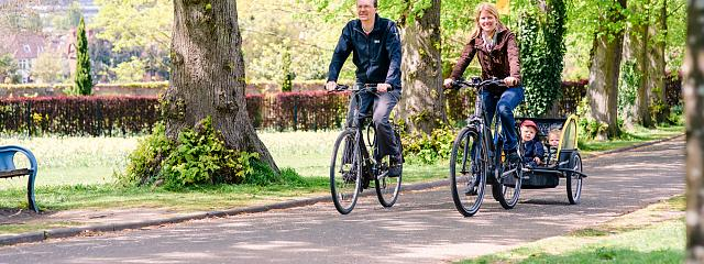 A guide to going on a bike ride with children | Cycling UK