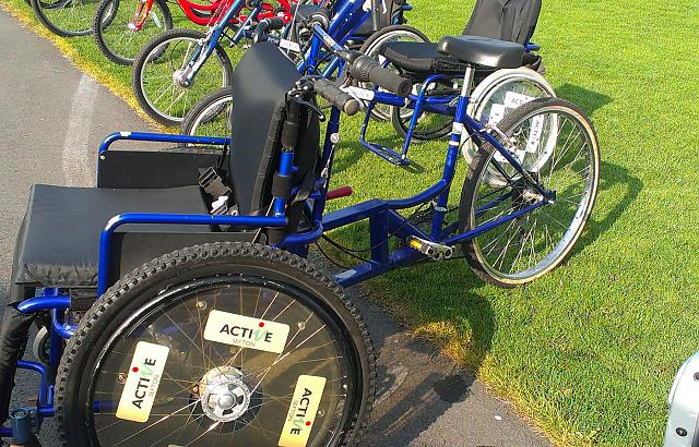 wheelchair tandem