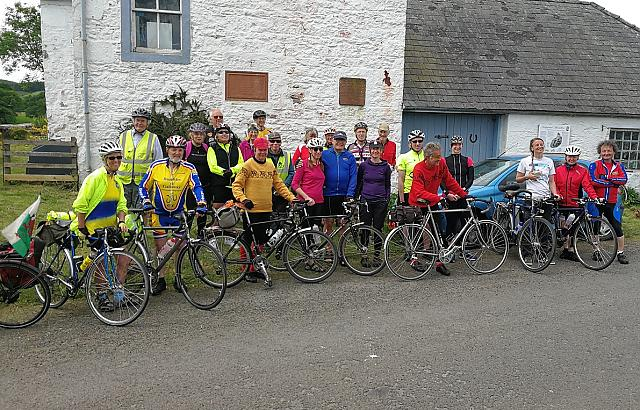 Cyclists at The Courthill Smiddy 2017 – Keir Parish, Dumfries and Galloway