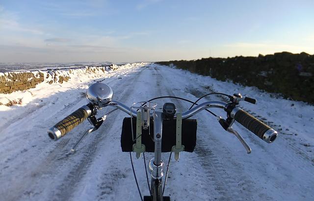 Snow on Royd Moor