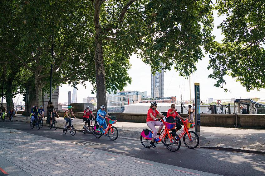 Cycling UK says investment in cycling and walking should reach 5% of transport spending as soon as possible and rise to 10% over the next five years.