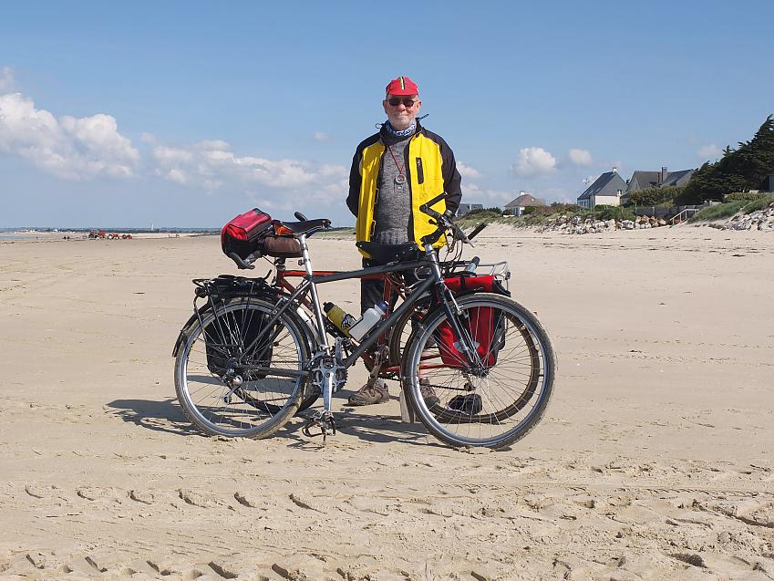 Martin on tour in Normandy on his 20-year-old MTB