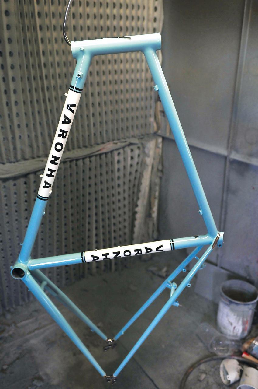 Varonha frame, sprayed on site by Winston's brother Mario