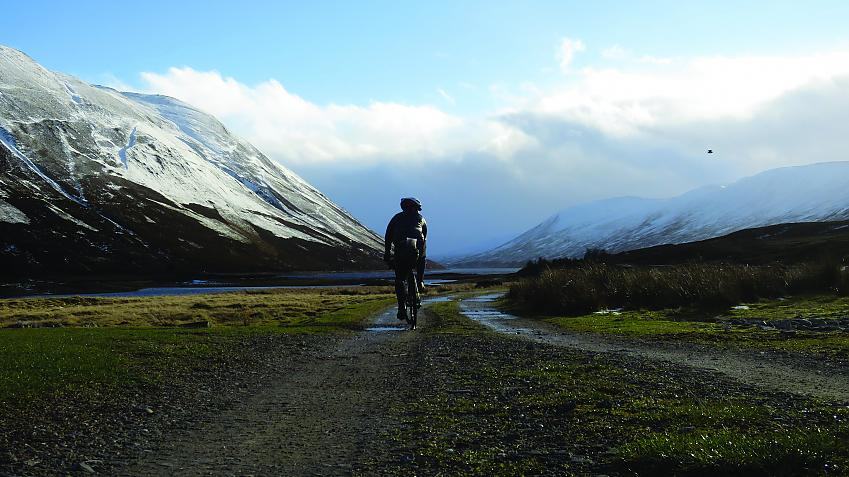 gravel track between Dalnaspidal and Loch Garry