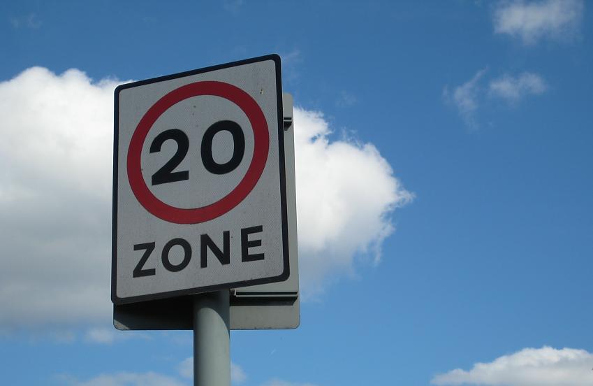 20mph sign