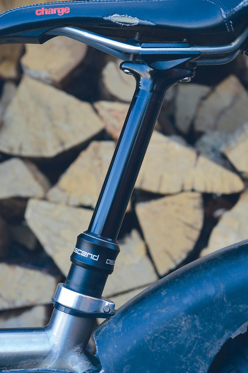 Brand-X Ascend dropper seatpost