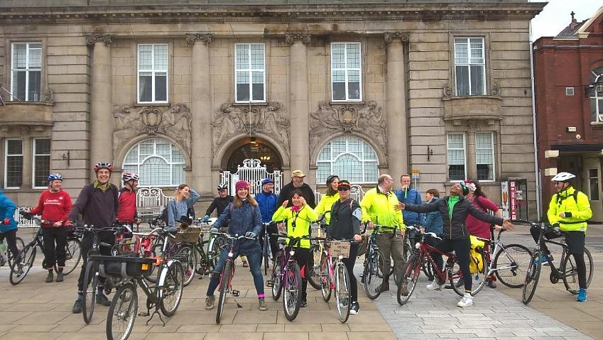 'Crewetical Mass' riders outside the municipal buildings
