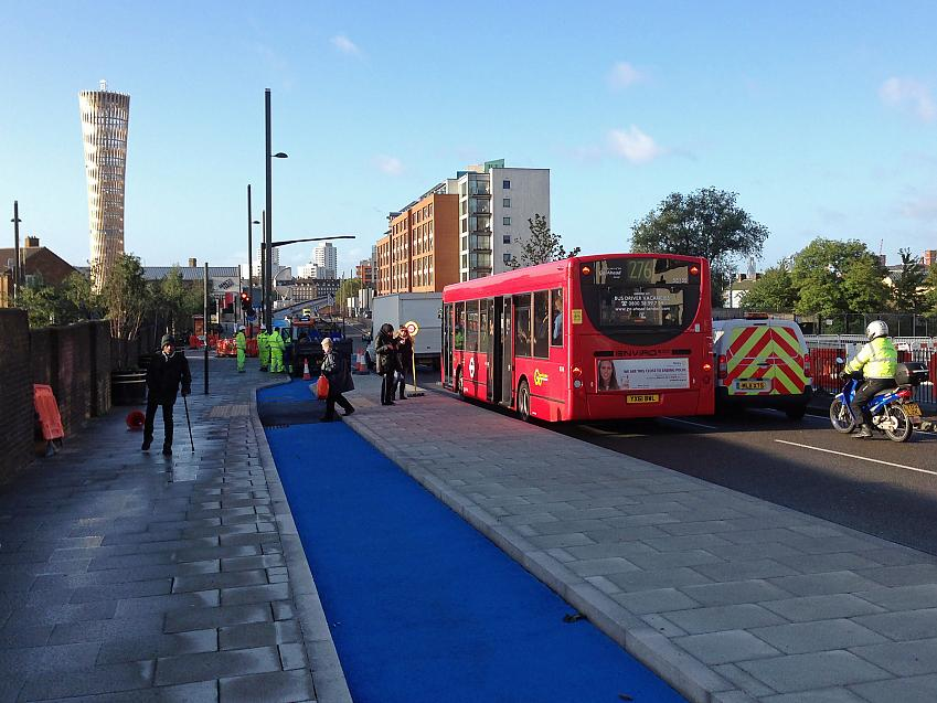 Cycle superhighway bus stop bypass in London