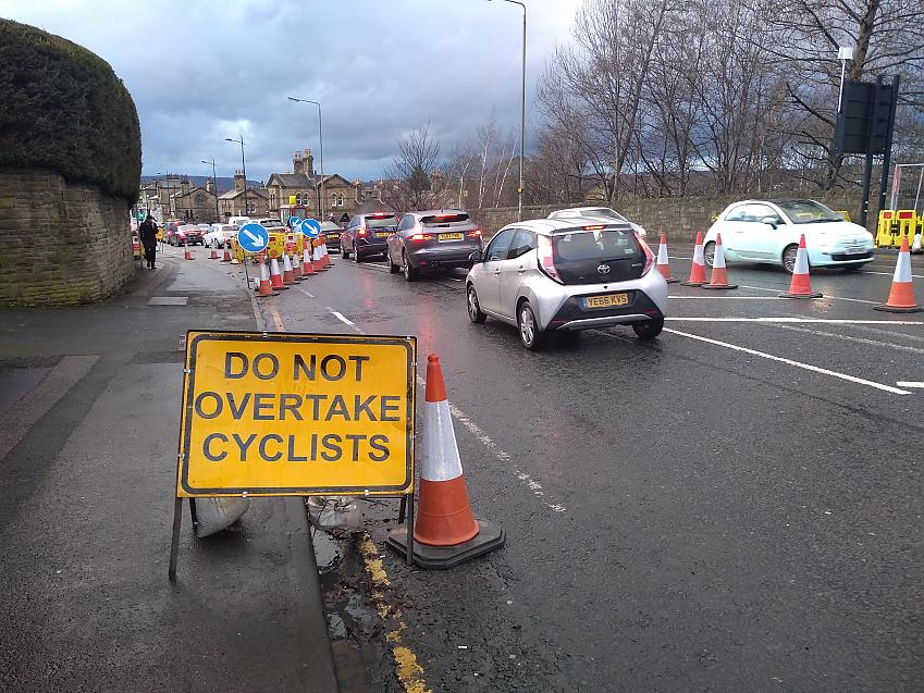 The new 'No Overtaking Cyclists' sign after Martin's intervention