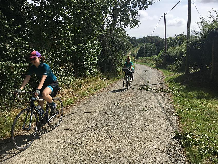 Laura Laker cycling in Dorset