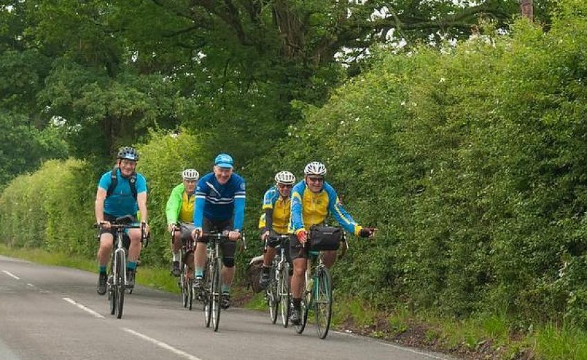 Tri-Vets riders photo by Peter Cornish