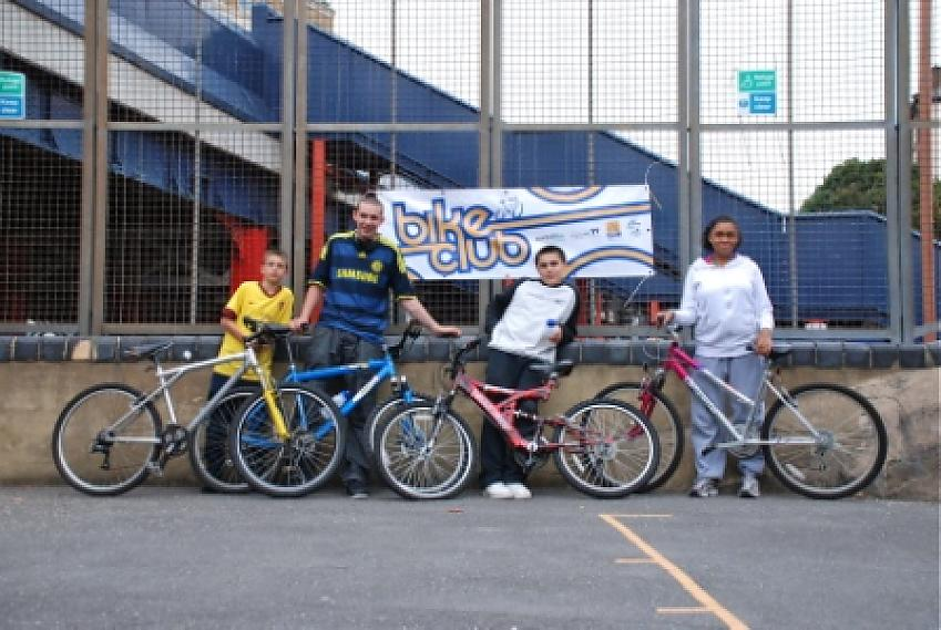 Four Feathers Bike Club Gets Off To A Flying Start Cycling Uk