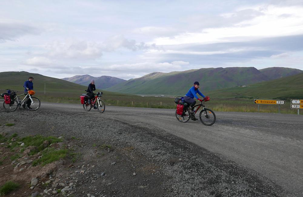 Riding up on to the Kjolur Plateau
