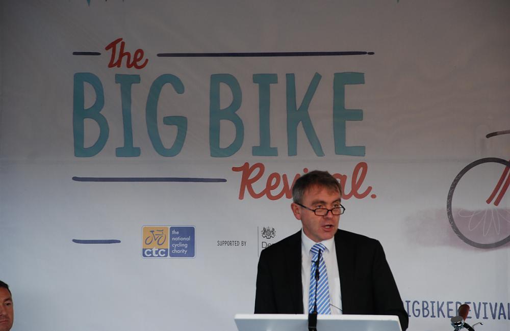 Cycling Minister Robert Goodwill