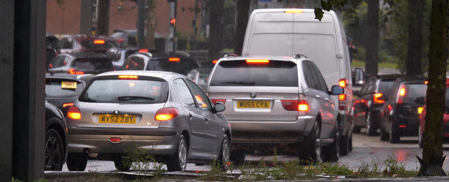 Britain's cities in danger of being overrun by traffic congestion, leading transport experts warn